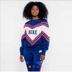 Nike ✨NWT✨ Sweatshirt